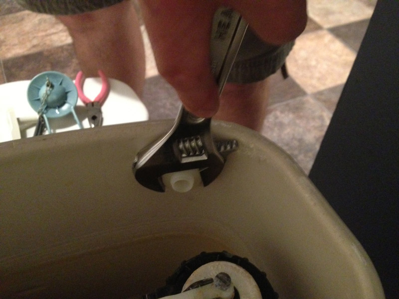 How to replace broken toilet levers, remove old handle.