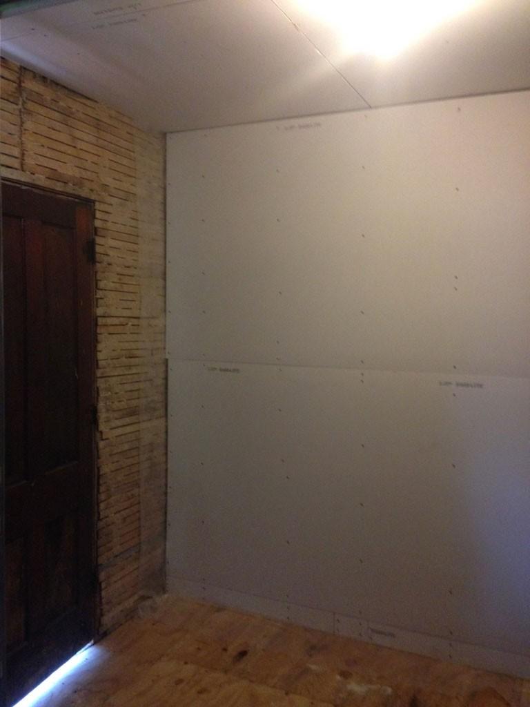 hanging-drywall